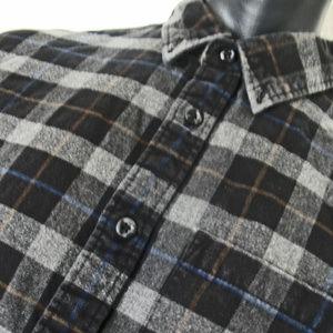 Edie Bauer Button down dress shirt. Size Large